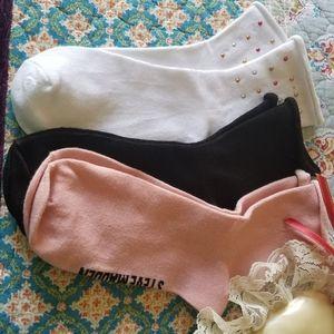 3 NWT Steve Madden socks
